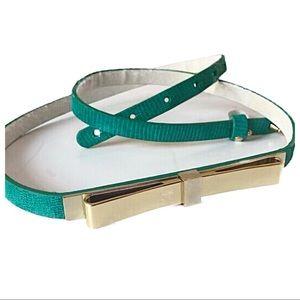 White House Black Market Skinny Leather Bow Belt